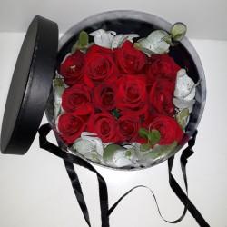 Caja regalo 12 rosas